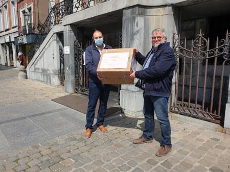 Nouveau don de masques chirurgicaux à la Ville de Huy