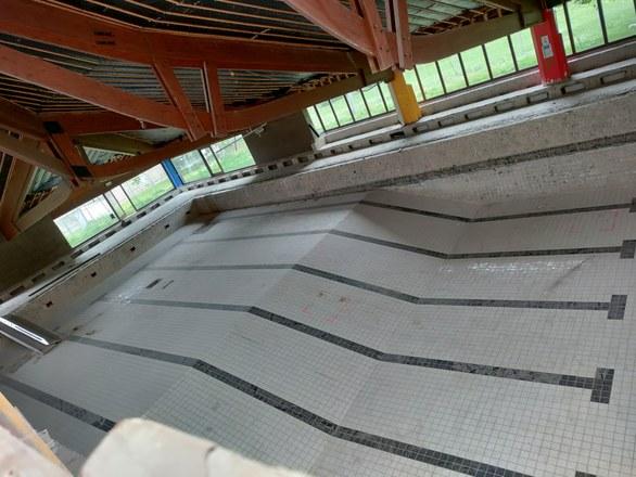 Piscine - Chantier de rénovation et d'extension