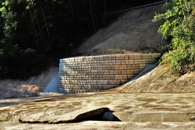 Thier au Pequet - Un mur de soutènement au bassin d'orage